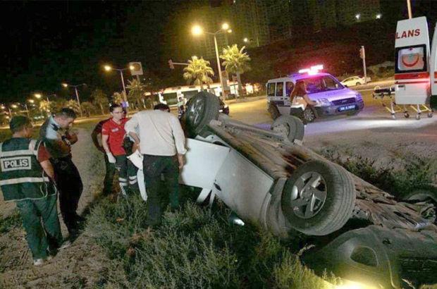 Kuşadası'nda trafik kazası, 2 yaralı