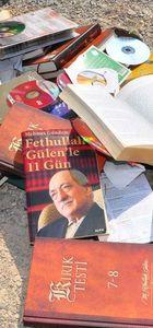 FETÖ elebaşılığından gıyabi tutuklu Fethullah Gülen'in kitaplarının toplatılmasına karar verildi