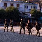Yunan askeri ve polisi darbeci suikastçıları arıyor