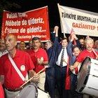 Gaziantep'te 500 muhtar demokrasi için yürüdü