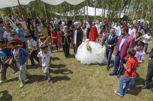 Aşiret düğününde 400 bin lira toplandı
