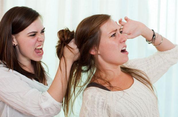 Aile ilişkisi zayıf olanlar daha çabul bağımlı oluyor!