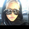 İngiliz porno yıldızının İran ziyareti tartışma yarattı