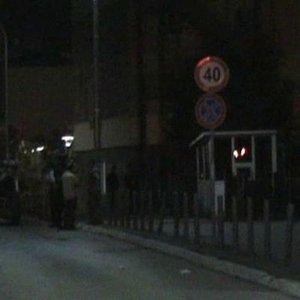 Kosova Meclisi'ne silahla saldırı