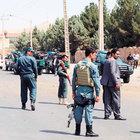 Afganistan'da turist konvoyuna saldırı