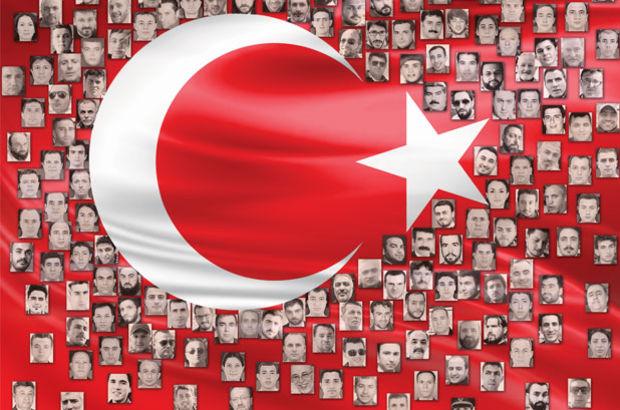Demokrasi Şehitlerimize Minnettarız