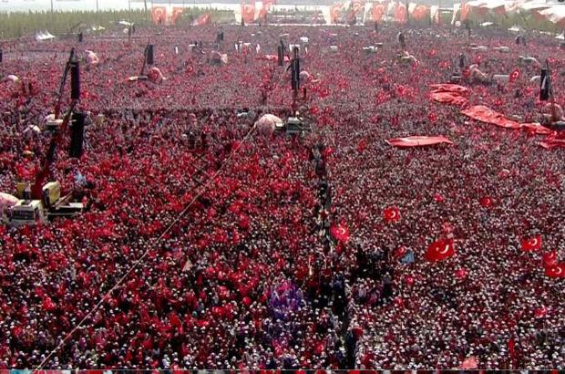 Türkiye demokrasisinin Yenikapı'sı milyonlara açıldı!