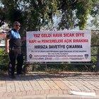 Alanya'da polisten sıcağa karşı pankartlı 'hırsız' uyarısı:
