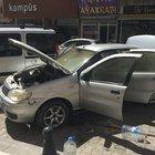 Otomobilde bırakılan cep telefon patladı