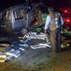 Van'da kaçak sigara yüklü araç kaza yaptı: 2'si çocuk 8 yaralı