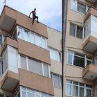 Çanakkale'de onlarca kişinin gözü önünde 5. kattan atladı!