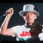 Tragically Hip'in solisti Gord Downie'den veda!
