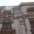Karaköy'de eski TDİ binasında yangın çıktı