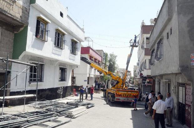 Patlamanın olduğu sokak beyaza büründü