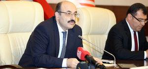 YÖK Başkanı Yekta Saraç, KKTC Milli Eğitim ve Kültür Bakanı Berova ile görüştü