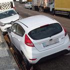 Maltepe'de yolun bir kısmı çöktü; 10 araç çukura saplandı!