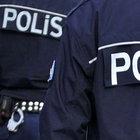 İzmir'de bir otomobilde 2 el bombası, 5 tabanca bulundu