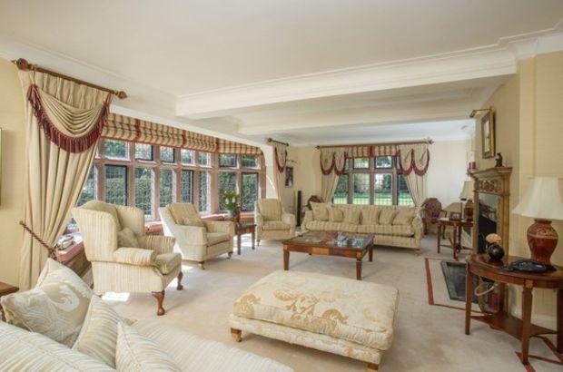 Sir Williams Lyons'un evi 30 yıldır boş duruyor