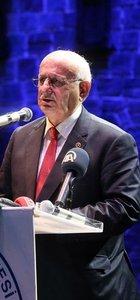 İsmail Kahraman: Che denen eşkıya benim gencimin yakasında, göğsünde olamaz