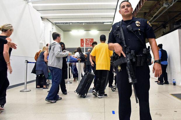 Los Angeles Havalimanı'nda saldırı paniği!
