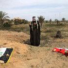 AP: DAEŞ binlerce kişiyi 72 toplu mezara gömdü