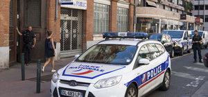 Fransa'da polise saldırı: 1 yaralı