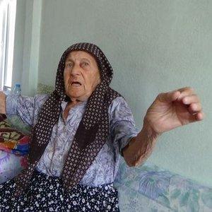 """86 YAŞINDAKİ KADINA BUNU YAŞATTI! """"BİRDEN ÇOK KORKTUM, HAYALET GELDİ SANDIM"""""""
