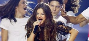 Selena Gomez kariyerine ara veriyor