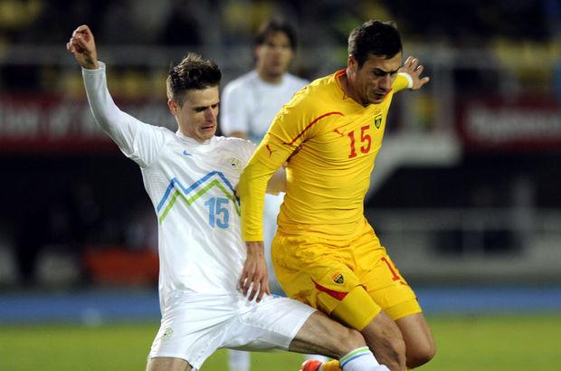 Göztepe'e Adis Jahovic'i transfer etti