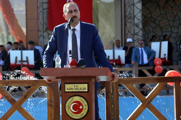 """""""Kılıçdaroğlu'nun fabrika ayarlarına dönmemesini bekliyoruz"""""""