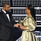 Rihanna aşkını dövmeyle taçlandırdı