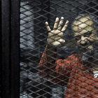 Mısır'da darbe karşıtlarının davası ertelendi