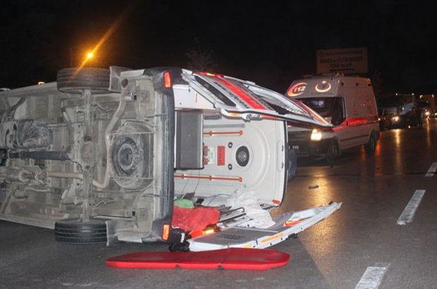 Ambulans takla attı: 6 yaralı