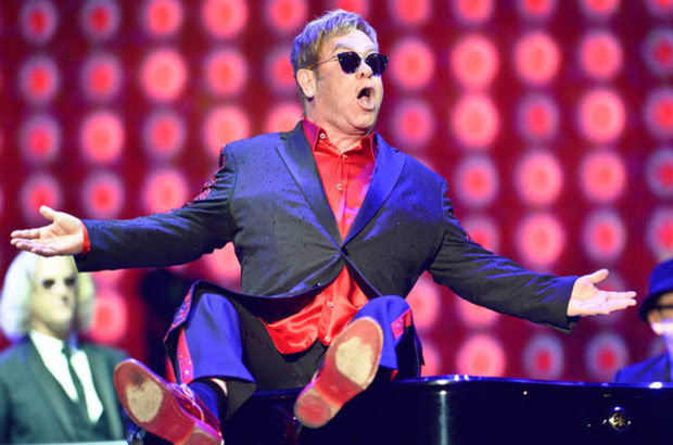 Elton John Antalya'da sahne aldı