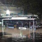 Denizli'de şiddetli yağış vatandaşlara zor anlar yaşattı
