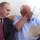Başbakan Binali Yıldırım'ın mektubu şehit babasını ağlattı