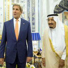 Suudiler petrol üretiminde ABD'yi geçip zirveye çıktı