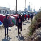 Fransa, bu yıl 346 sığınmacıyı Calais'den sınır dışı etti