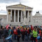Avusturyalılar TTIP ve CETA anlaşmalarını protesto etti