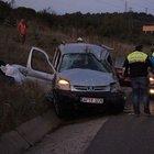 TEM'de hafif ticari araç takla attı 7 yaralı
