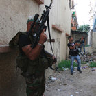 Lübnan'da Suriyeliler ve yerliler arasında silahlı çatışma