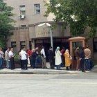 FETÖ mağdurları Başbakanlığın önünde kuyruk oluşturdu
