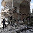 Suriye ordusuna ait savaş uçağı yerleşim yerlerini vurdu