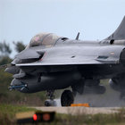 Fransa Hindistan'a 36 savaş uçağı sattı