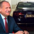Düzce Belediye Başkanı Mehmet Keleş'in makam otomobili şimdi de plakasıyla gündemde