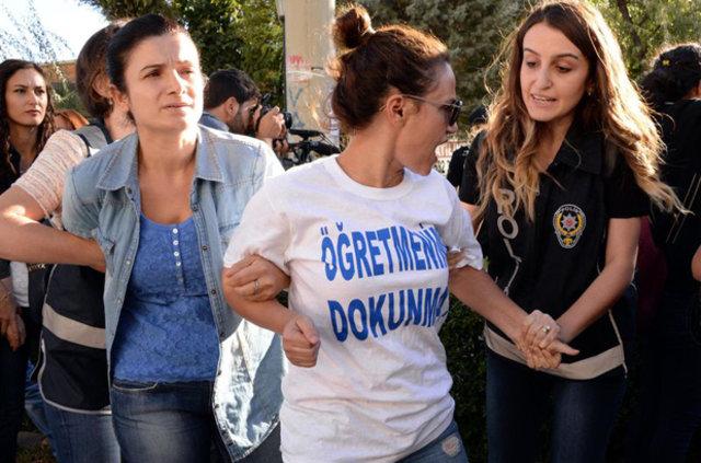 Diyarbakır'da insan zinciri eylemine polis müdahalesi