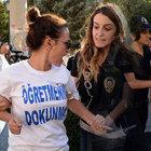 Diyarbakır'da insan zinciri eylemine polis müdahalesi: 17 gözaltı