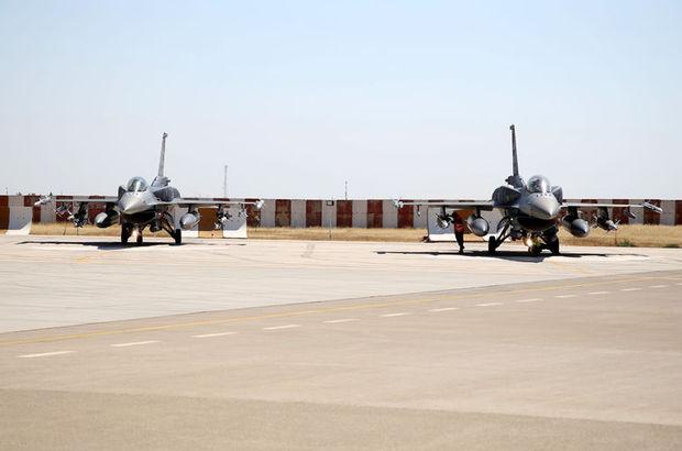 Tanklardan sonra şimdi de savaş uçakları!