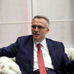 """KİMSENİN MAAŞI O SINIRIN ALTINA DÜŞMEYECEK"""
