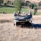 İçi yolcu dolu minibüs devrildi: 4'ü ağır 12 yaralı